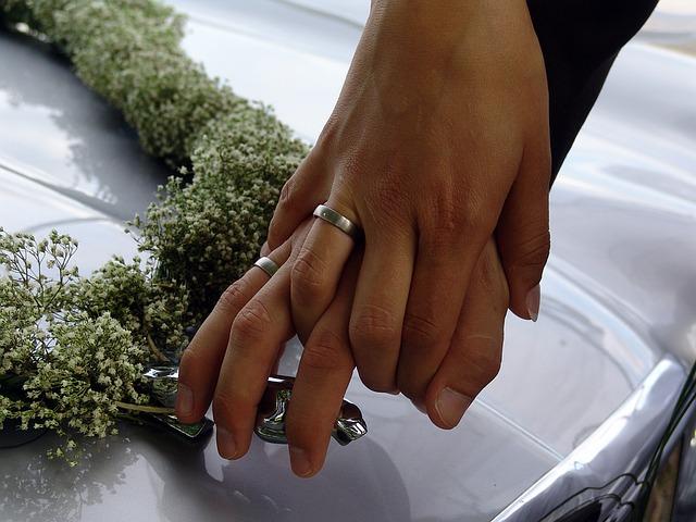wedding-1084771_640